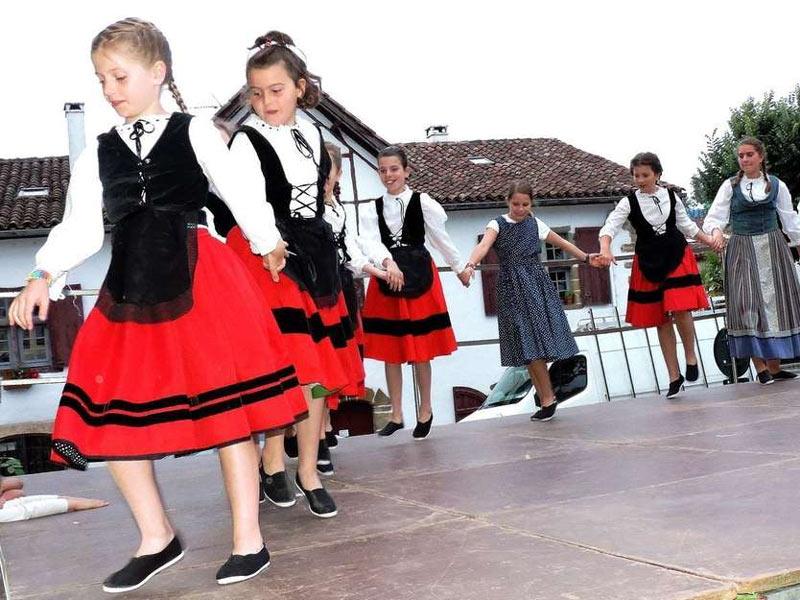 spectacle-danses-basques